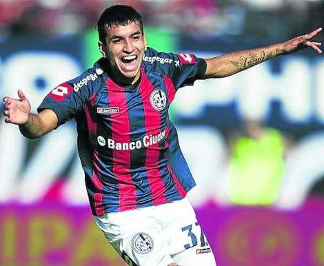 Angel-Correa-mantiene-ofensiva-Veron_OLEIMA20130518_0012_15