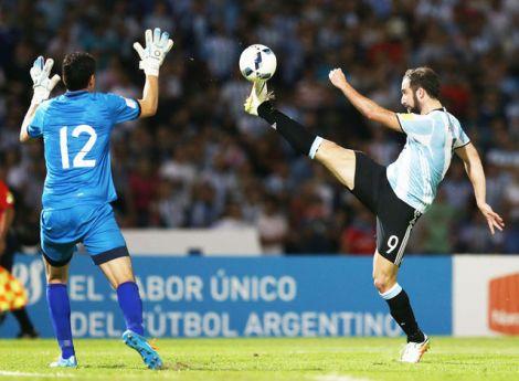 Gonzalo-Higuain-Argentina-Carlos-Lampe_LRZIMA20160329_0098_7