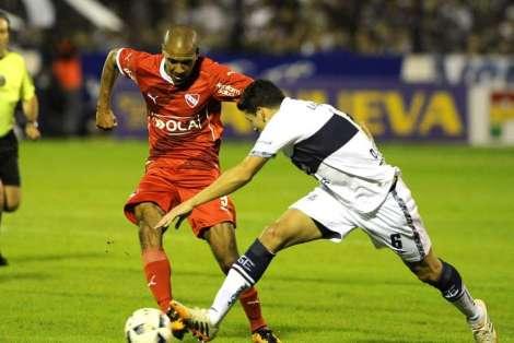 fotos-Gimnasia-vs-Independiente_OLEIMA20160508_0285_28
