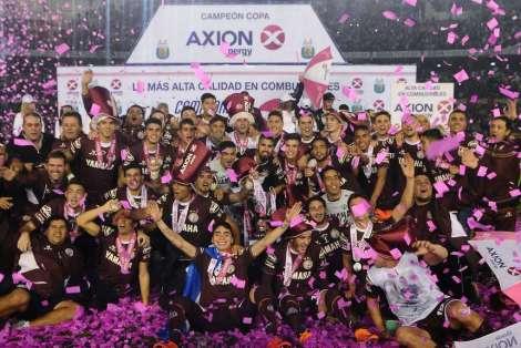 Lanus-campeon-argentino_OLEIMA20160529_0237_28