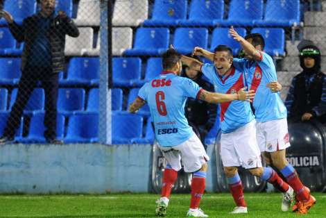 fotos-Arsenal-vs-Defensores-Belgrano_OLEIMA20160811_0298_28