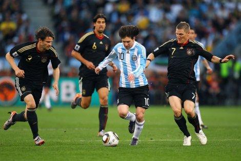 argentinavgermany2010fifaworldcupquartergthuddjom9tx