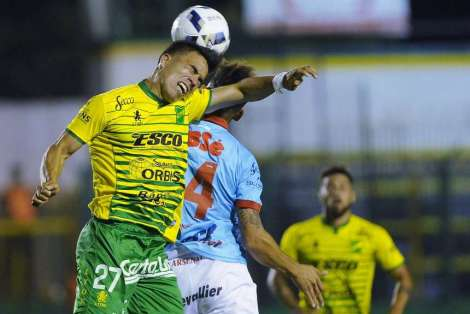 fotos-defensa-vs-arsenal-telam_oleima20161212_0199_28