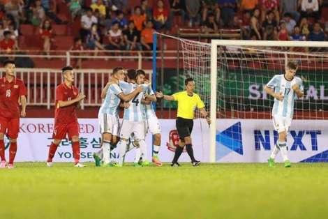 Argentina-Vietnam-amistoso-Mundial-Sub_OLEIMA20170510_0087_15