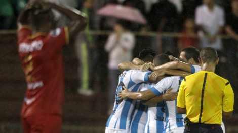 Racing-Rio-Aguilas-Negras-Copa-Sudamericana-1920-1