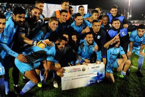 Temperley-Sportivo-Parejas-Argentina-SCESPN_OLEIMA20170630_0123_15