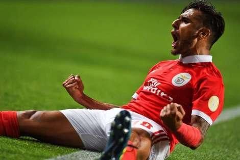 Salvio-anoto-goleada-Benfica_OLEIMA20170819_0144_15