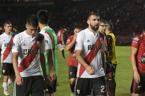 foto jose almeida colon - river santa fe 7-05-2018